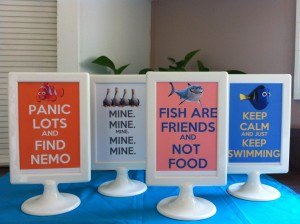Table centerpiece signage