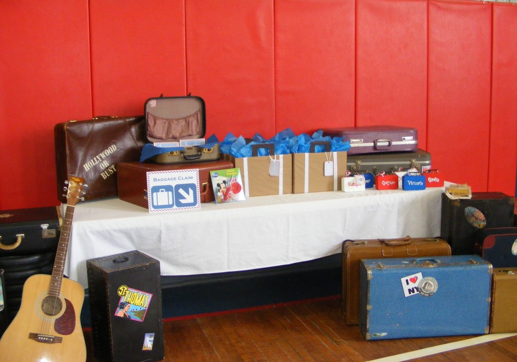 "Guest Gift Bag ""Baggage Claim"" Table"