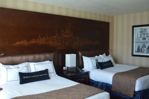 Disneyland Hotel with Mouse Ears Mom.com